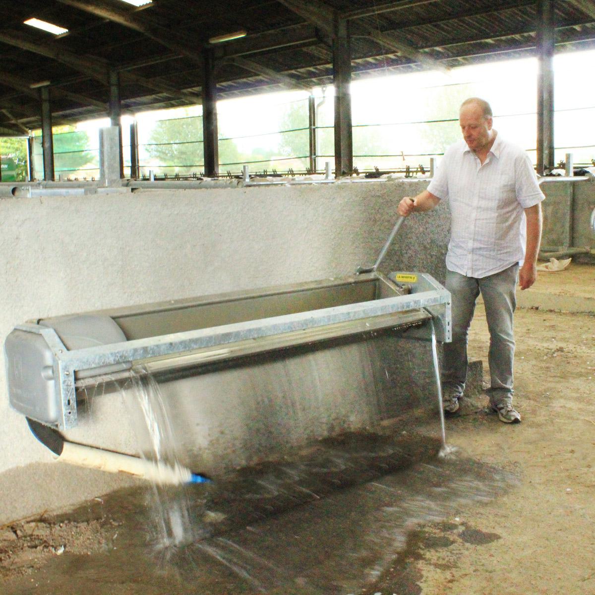 Abreuvoir inox basculant LB230 pour vaches laitières
