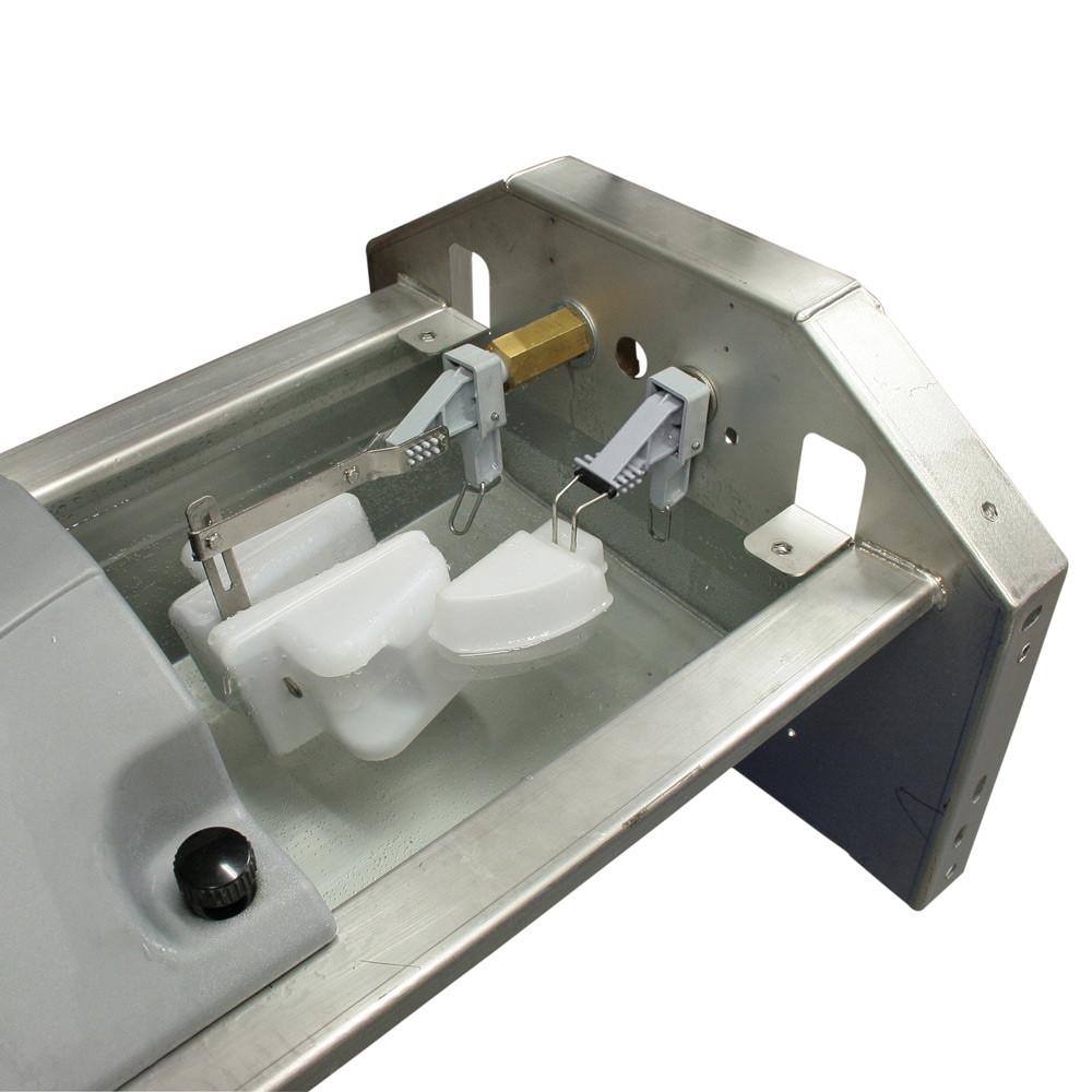 Robinetterie pré-refroidisseur de lait pour abreuvoir GV