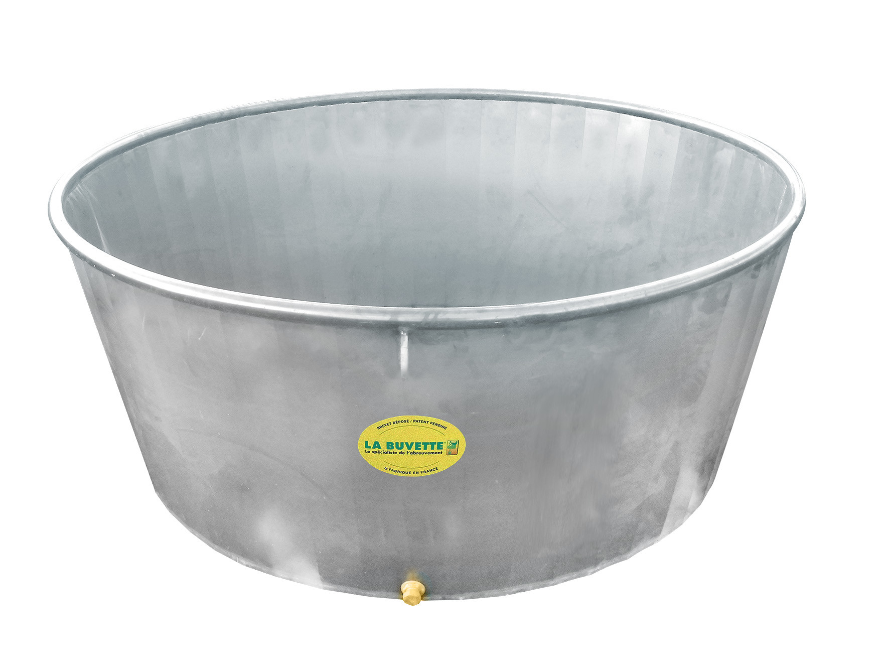 1000 Litres circular trough made of galvanised steel for cattle and dairy cows on pasture.
